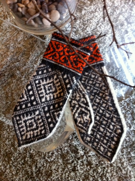 Nordic Mittens Finished