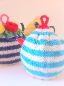 Two-Tone Tea Cozy