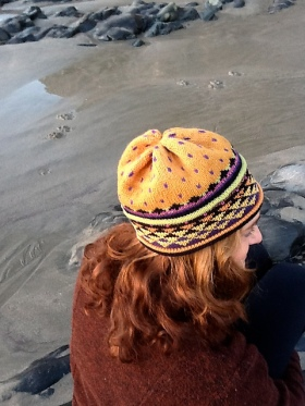 Golden Triangle Hat by Malene