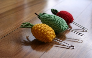 Knitting Patterns for fruit and vegetables by Amalia-Samios